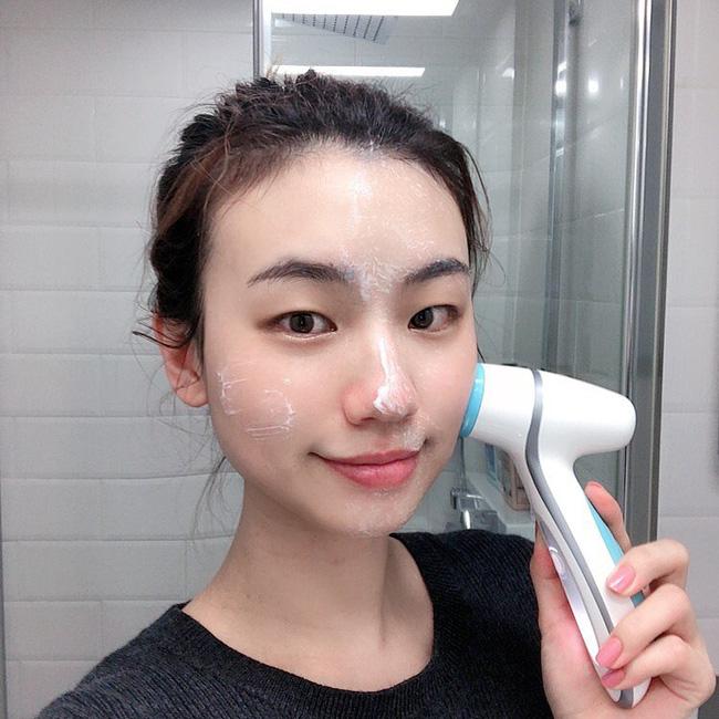 Xin nhấn mạnh: 6 lỗi rửa mặt sau không chỉ khiến da xấu đi mà còn gây lão hóa với tốc độ ánh sáng-5