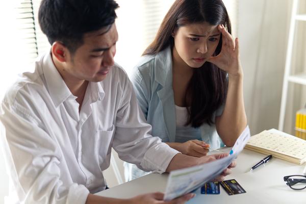 Trách vợ quá phung phí, tôi tự mình giữ tiền sinh hoạt của cả gia đình rồi phát hoảng với những khoản chi tiêu mà mỗi tháng phải trả - ảnh 1