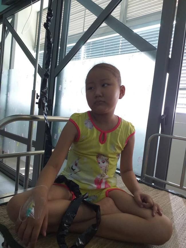Người phụ nữ tuyệt vọng rao bán thận kiếm tiền chữa bệnh ung thư máu cho con gái 10 tuổi-3