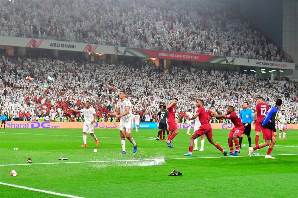 Khi khát khao Việt Nam là giấc mơ của bóng đá UAE-4
