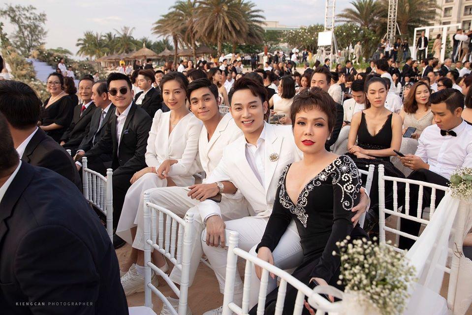 Sau Lý Nhã Kỳ lại đến Việt Hương gây choáng váng khi diện set đồ gần 6 tỷ đồng đi dự sự kiện-7