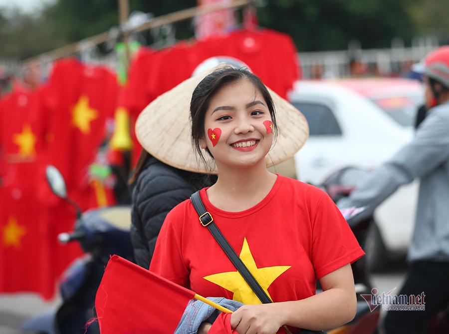 Hàng triệu CĐV vỡ òa trong niềm vui chiến thắng của đội tuyển Việt Nam trước UAE-47