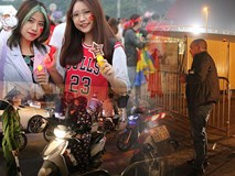 CĐV gặp khó khăn khi đến cổ vũ tuyển Việt Nam, các dịch vụ ngoài sân Mỹ Đình tăng giá đến mức phi lý