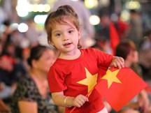 Hàng triệu CĐV Việt Nam cháy hết mình cổ vũ đội nhà giành chiến thắng trước đối thủ UAE