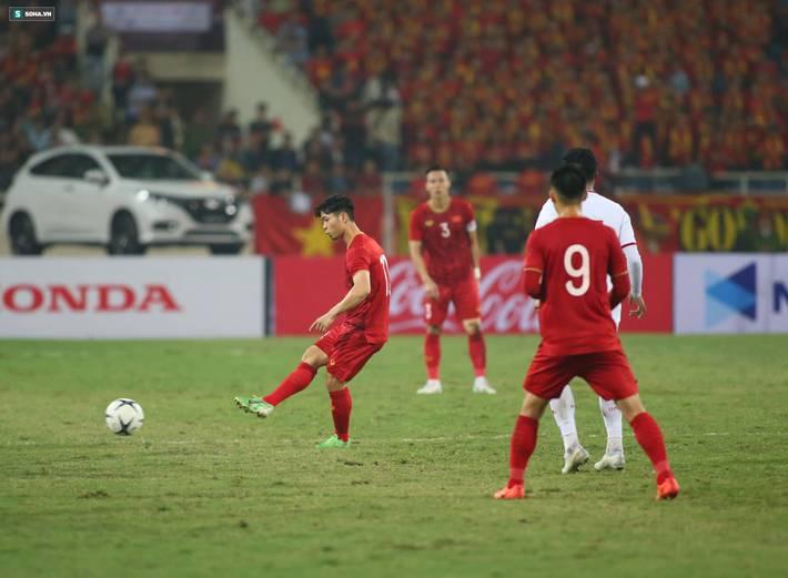 Thầy Park quật ngã UAE, nhận niềm vui nhân đôi để mở toang cánh cửa vào vòng 3 World Cup-15