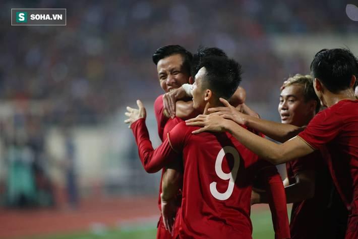 Thầy Park quật ngã UAE, nhận niềm vui nhân đôi để mở toang cánh cửa vào vòng 3 World Cup-9