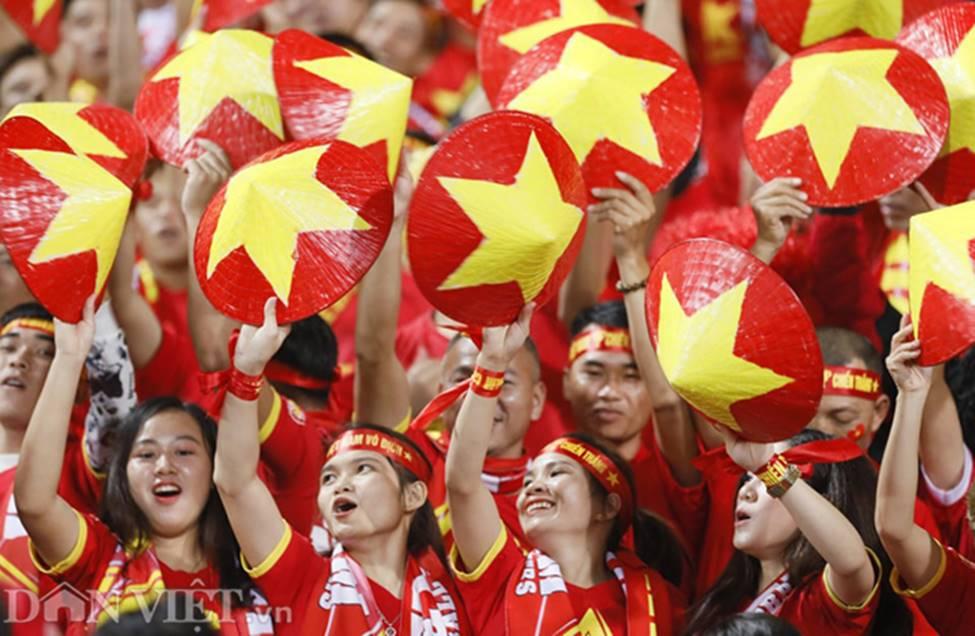 Ảnh: Tiến Linh tỏa sáng, tạo 2 bước ngoặt đưa Việt Nam thắng UAE-1
