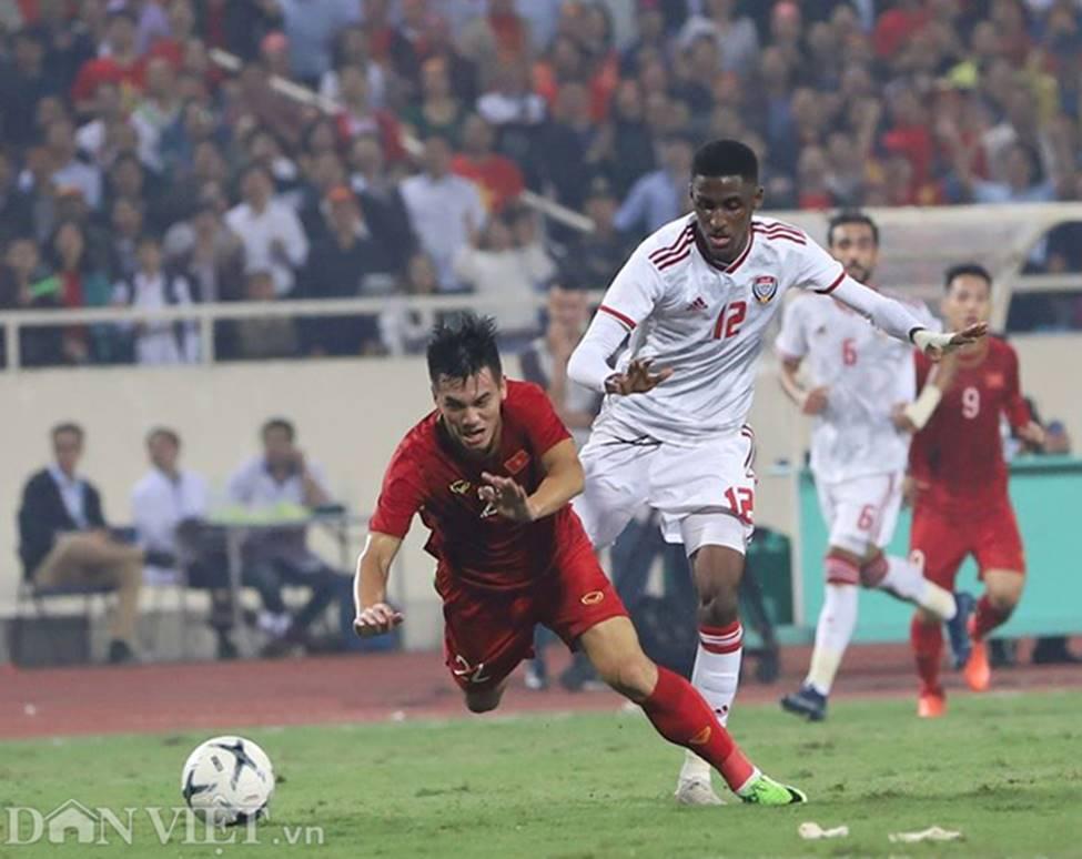 Ảnh: Tiến Linh tỏa sáng, tạo 2 bước ngoặt đưa Việt Nam thắng UAE-4