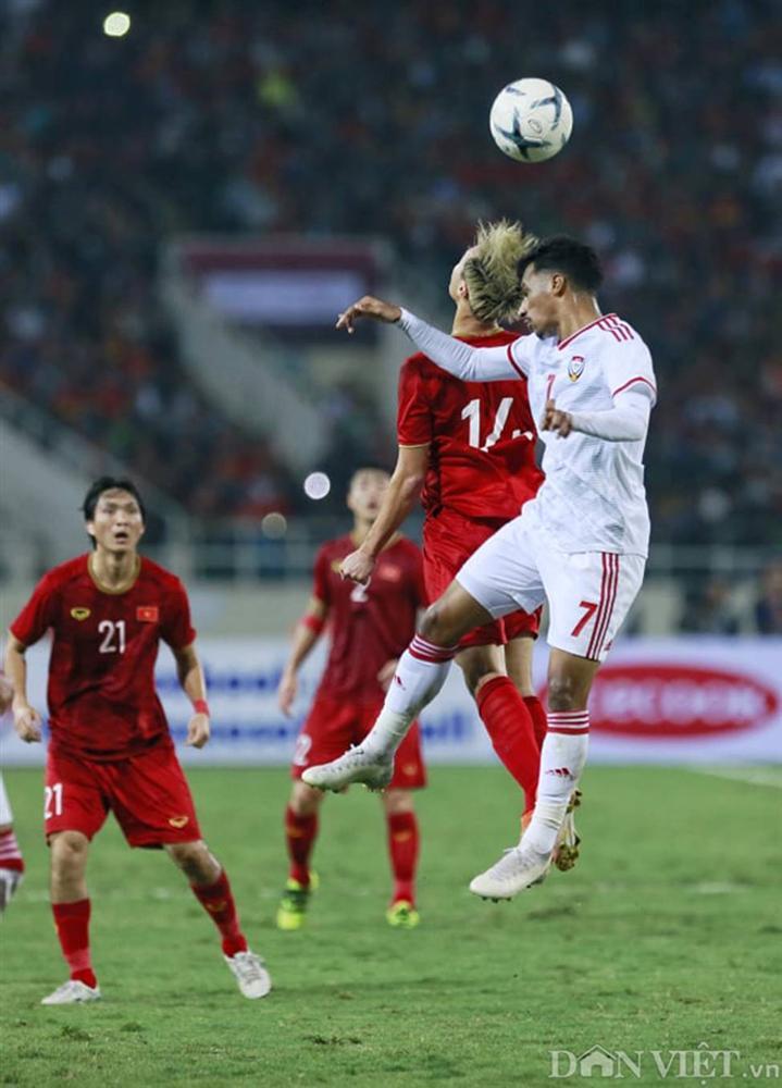 Ảnh: Tiến Linh tỏa sáng, tạo 2 bước ngoặt đưa Việt Nam thắng UAE-9