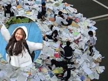 Choáng với cách học sinh Hàn Quốc xả hơi sau thi ĐH: Kẻ đua nhau vứt luôn sách vở ở cổng trường, người vào thẩm mỹ viện