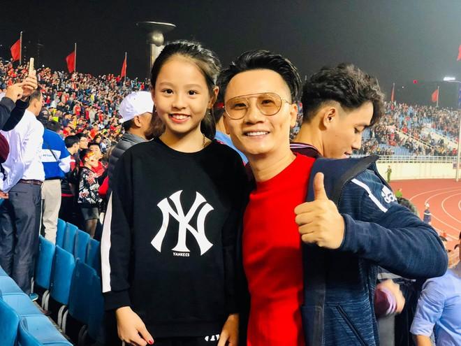 Hoài Linh cảm ơn Tiến Linh, Bảo Anh đăng ảnh gợi cảm mừng chiến thắng-2