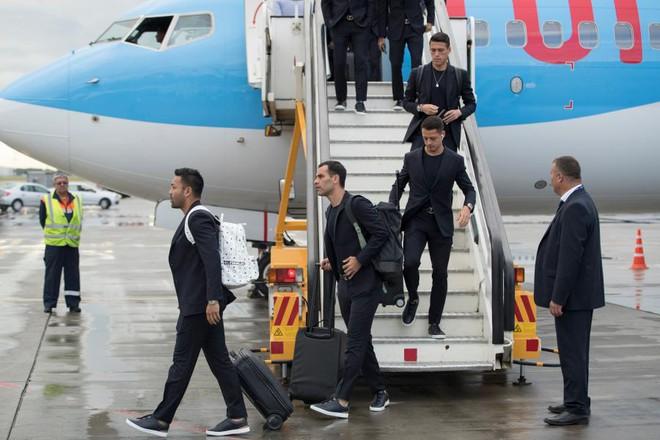 Ngôi sao bóng đá Việt Nam và nước ngoài đều chuộng AirPods-2