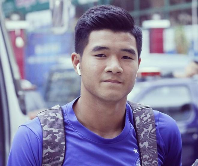 Ngôi sao bóng đá Việt Nam và nước ngoài đều chuộng AirPods-9