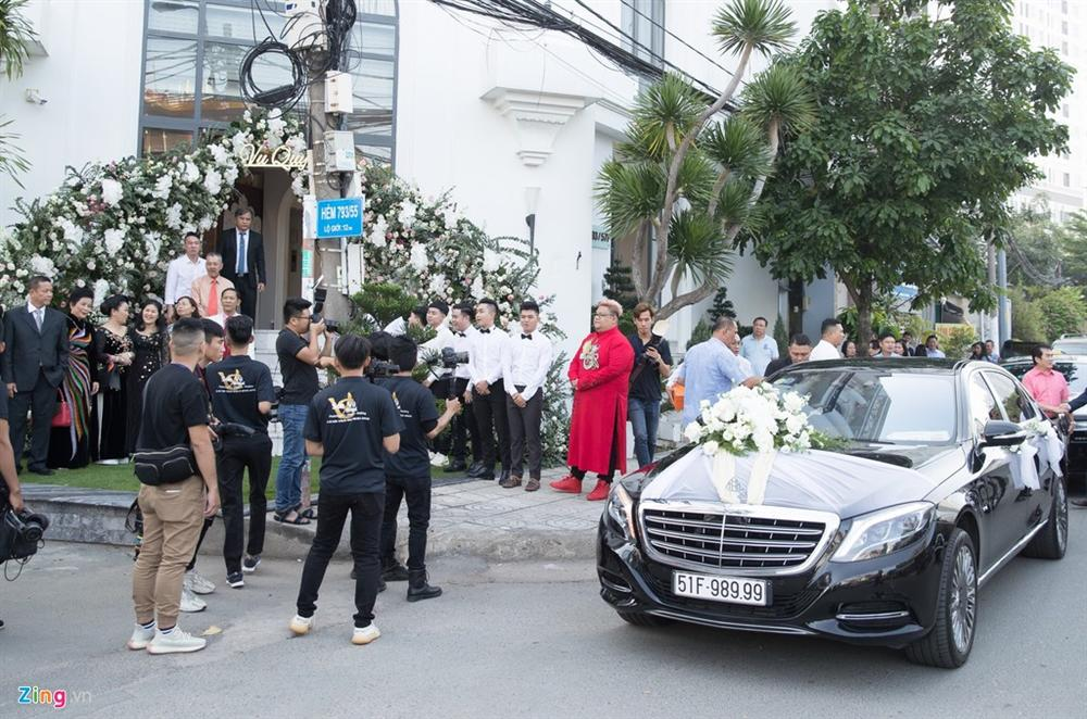 Dàn xe Rolls-Royce, Maybach xuất hiện trong lễ cưới Bảo Thy-1