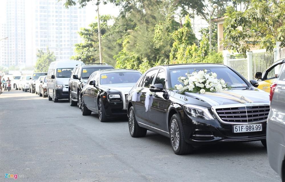 Dàn xe Rolls-Royce, Maybach xuất hiện trong lễ cưới Bảo Thy-2