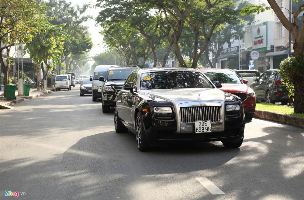 Dàn xe Rolls-Royce, Maybach xuất hiện trong lễ cưới Bảo Thy-4
