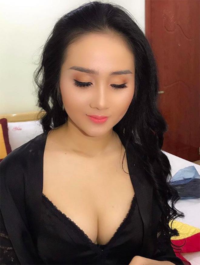 Chân dung người đẹp nóng bỏng, tiền đạo Tiến Linh từng công khai yêu say đắm-6