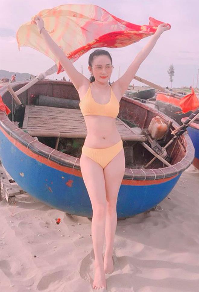 Chân dung người đẹp nóng bỏng, tiền đạo Tiến Linh từng công khai yêu say đắm-7