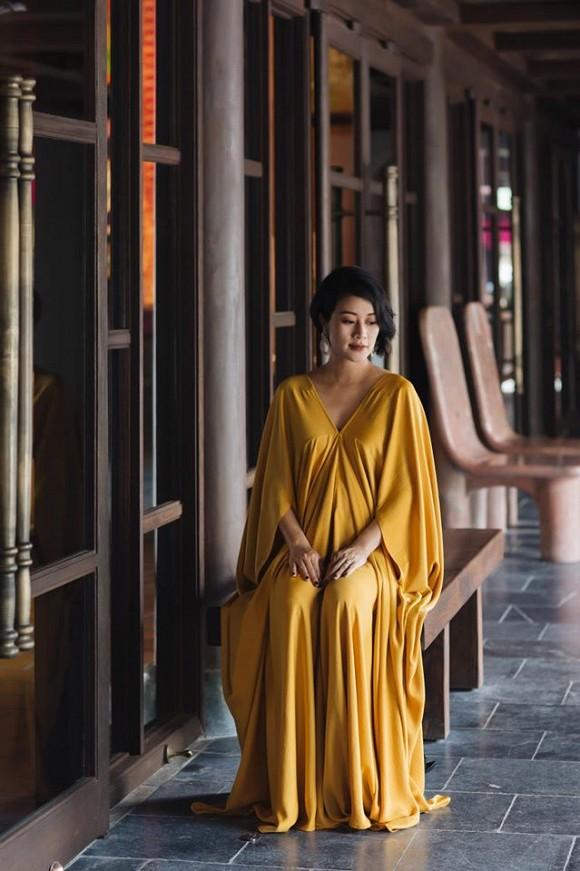 MC Phí Linh up vội loạt ảnh bầu bí bởi không lại đi đẻ mất-3