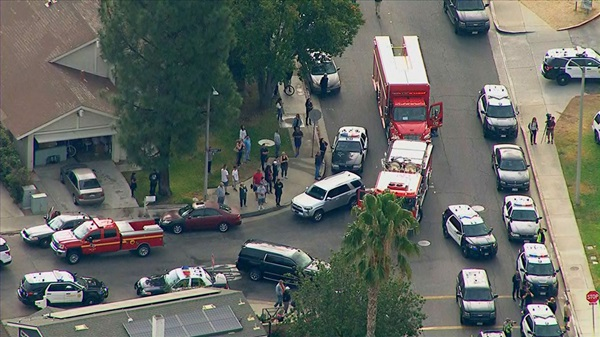 Hiện trường vụ xả súng khiến ít nhất 6 người bị thương tại trường học ở Mỹ-2