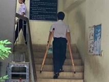 Pha lừa đảo ngoạn mục của cậu học sinh: Sáng còn khập khiễng chống nạng đi học, chiều đã catwalk điệu nghệ như siêu mẫu