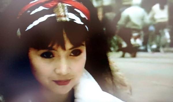 ẢNH HIẾM: Nhìn NSND Lan Hương bây giờ lại nhớ nhan sắc thời trẻ của Em bé Hà Nội-7