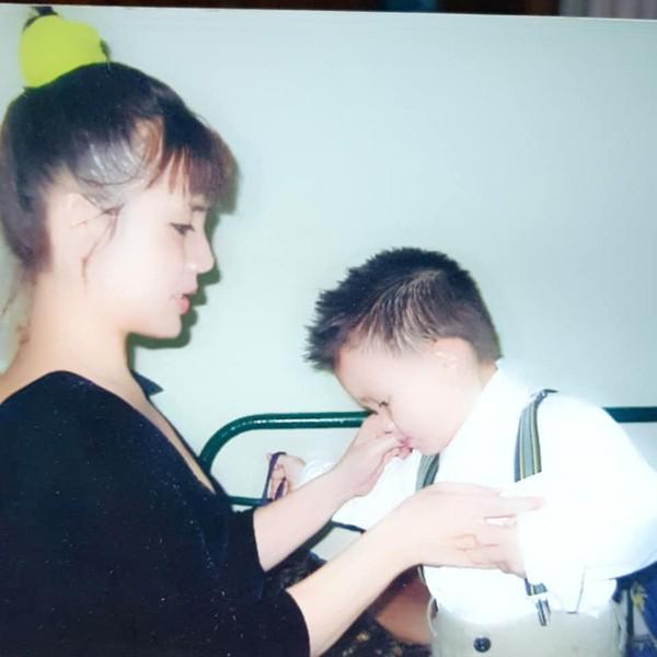 ẢNH HIẾM: Nhìn NSND Lan Hương bây giờ lại nhớ nhan sắc thời trẻ của Em bé Hà Nội-8