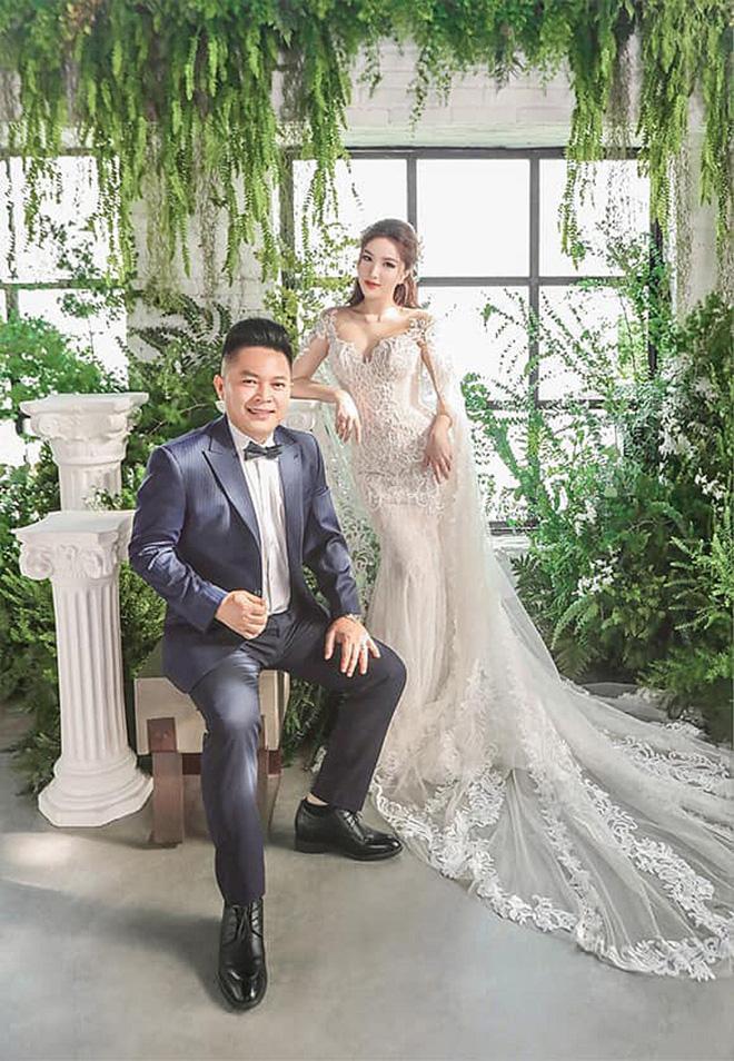 Điểm trùng hợp hài hước khi Đông Nhi, Bảo Thy tổ chức đám cưới với ông xã giàu có-7