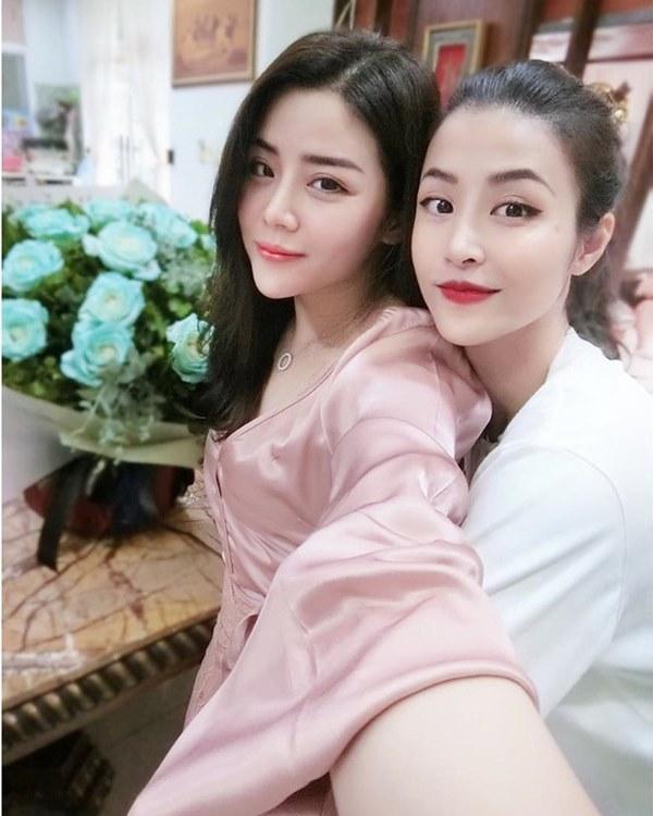Trang Pilla khoe ảnh với Bảo Thy hậu đám cưới: Chị dâu em chồng thân nhau quá nên giống nhau ghê!-3