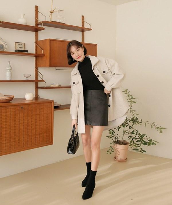Hết Yoona rồi đến Hà Tăng diện chân váy da, bạn sao có thể kìm lòng trước item sang chảnh hào nhoáng này?-15