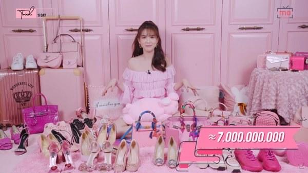 Ngọc Trinh, Phượng Chanel bạo tay sắm hàng hiệu tiền tỷ, mặc thả ga chẳng lo người ta-11