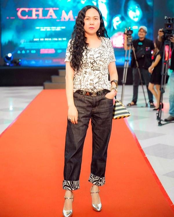 Ngọc Trinh, Phượng Chanel bạo tay sắm hàng hiệu tiền tỷ, mặc thả ga chẳng lo người ta-20