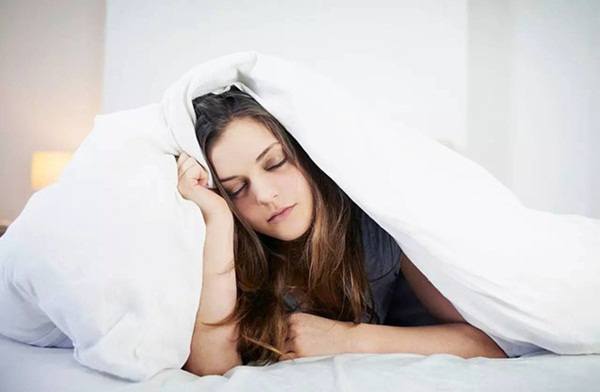 Đừng thức dậy vào buổi sáng theo cách này vì nó có thể gây tổn thương cho cơ thể nhiều hơn khi bạn thức khuya-1