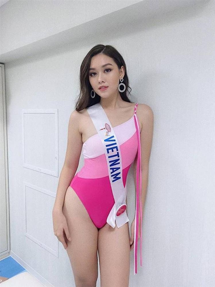 Mặc bikini thi quốc tế: Ngân Anh nhầm nội y vẫn có giải, Tiểu Vy hot nhờ bụng múi-4