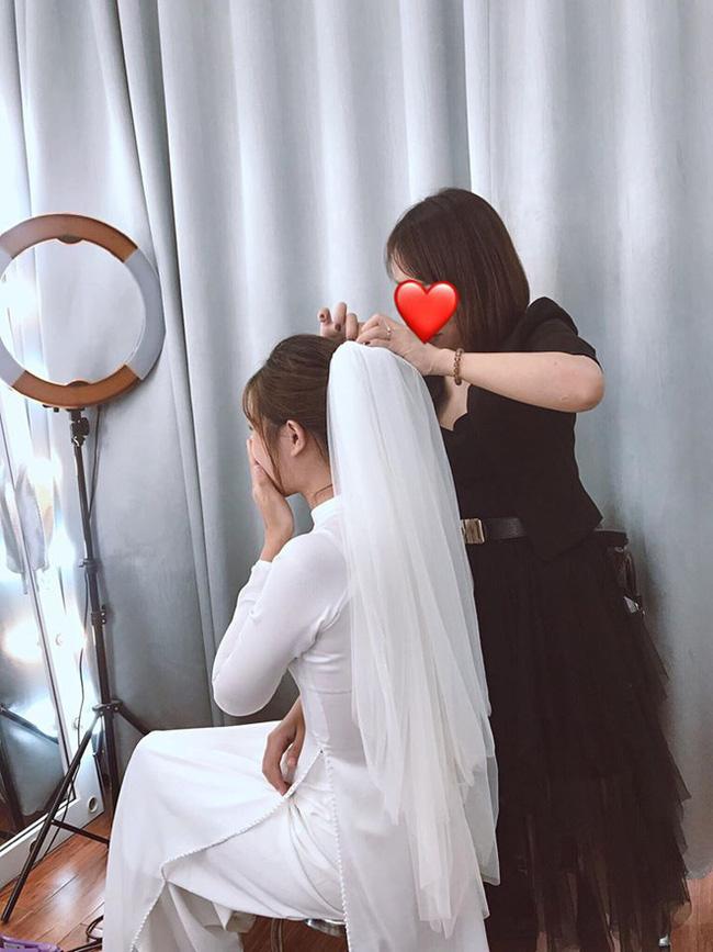 """Không còn nghi ngờ gì nữa: Nhiếp ảnh gia xác thực thông tin chụp ảnh cưới, cầu thủ Phan Văn Đức sắp theo vợ bỏ cuộc chơi""""-5"""