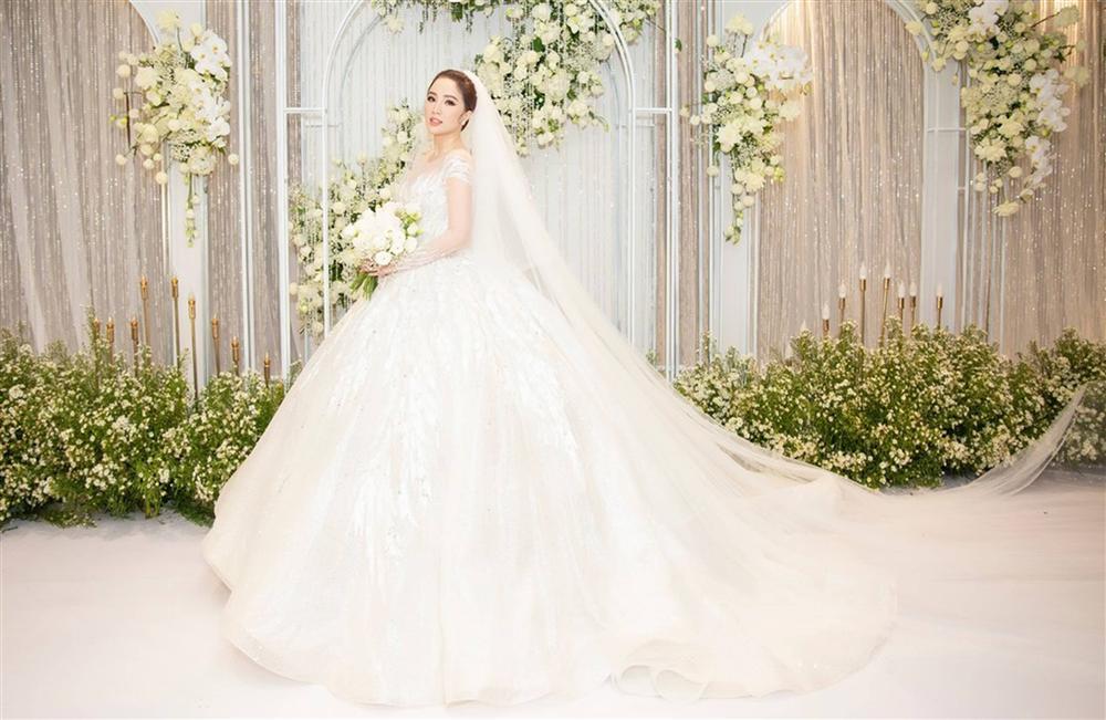 Những khoảnh khắc chưa công bố trong lễ cưới của Bảo Thy-3