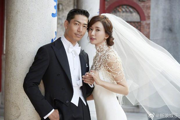 Đám cưới hot nhất Cbiz hôm nay: Siêu mẫu Lâm Chí Linh liên tục khóc, hôn nồng nhiệt chồng Nhật kém 7 tuổi-8