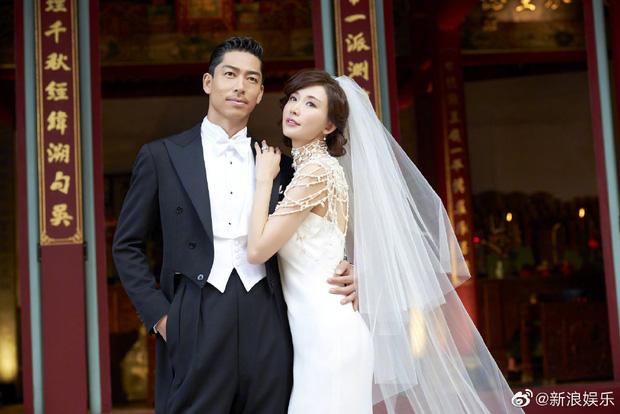 Đám cưới hot nhất Cbiz hôm nay: Siêu mẫu Lâm Chí Linh liên tục khóc, hôn nồng nhiệt chồng Nhật kém 7 tuổi-11