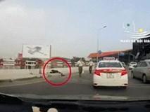 Clip: 2 người phụ nữ chạy xe tốc độ cao trên cao tốc Nhật Tân - Nội Bài, khung cảnh cuối khiến người ta hoảng sợ
