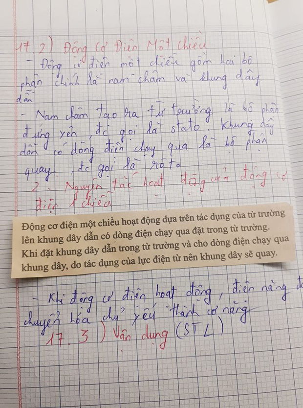 Cô giáo bảo về nhà chép lý thuyết vào vở, nam sinh lười quá... cắt luôn sách dán vào cho nhanh-1