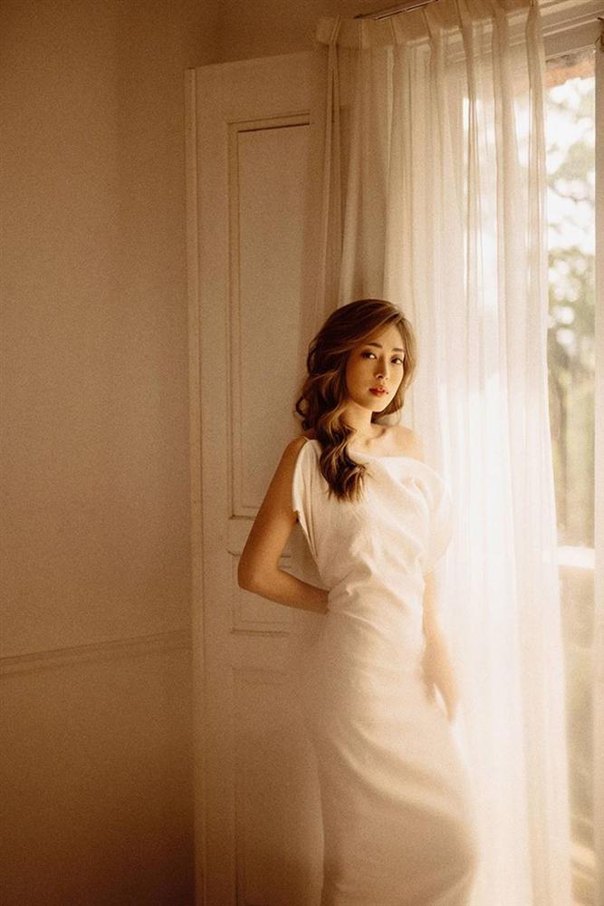Sau nghi vấn kết hôn, Á hậu Phương Nga hóa nàng thơ trong bộ ảnh mừng sinh nhật-3