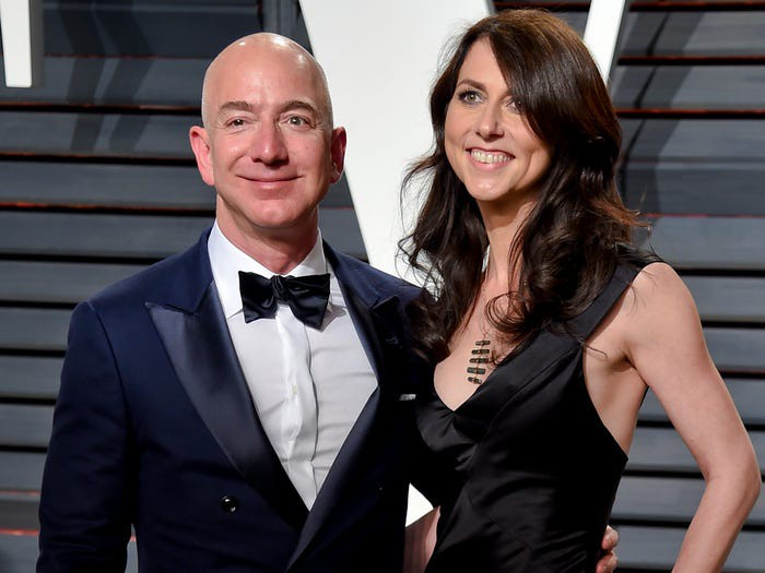 10 năm biến động của tỷ phú Jeff Bezos-13