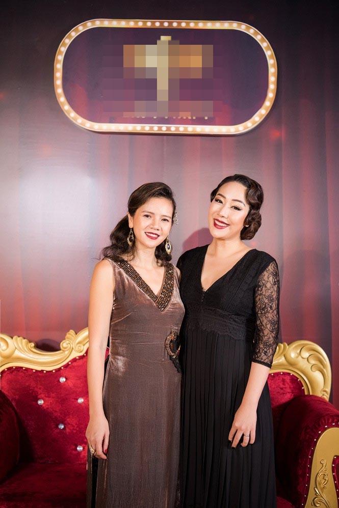 Ngô Phương Lan bất ngờ diễn mở màn show thời trang dù mới sinh con 8 tháng-1