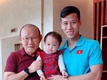 Con gái Quế Ngọc Hải được check-in cùng HLV Park, Công Phượng khiến fan xuýt xoa, ghen tị