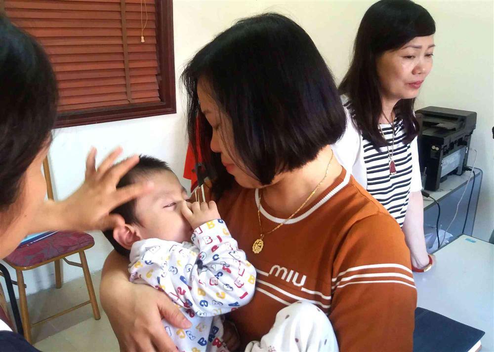 Sự thật bất ngờ bé trai 3 tuổi ở Hải Dương bị bỏ rơi trước cửa nhà dân-5