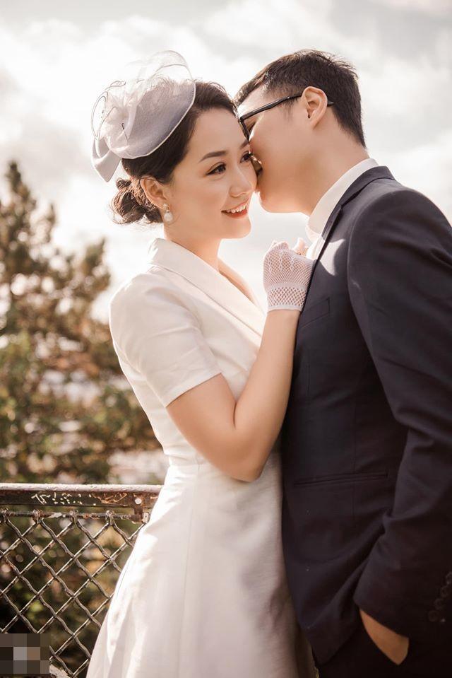 Ảnh cưới của BTV Thu Hà và bạn trai ở Pháp-10
