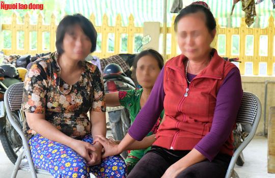 Nước mắt ngày trùng phùng của người phụ nữ sau 25 năm bị bán làm vợ chui ở Trung Quốc-1