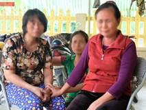 Nước mắt ngày trùng phùng của người phụ nữ sau 25 năm bị bán làm