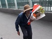 Hình ảnh người ông lưng còng lặng lẽ ôm hoa đến tặng cháu gái trong lễ tốt nghiệp khiến nhiều người rưng rưng