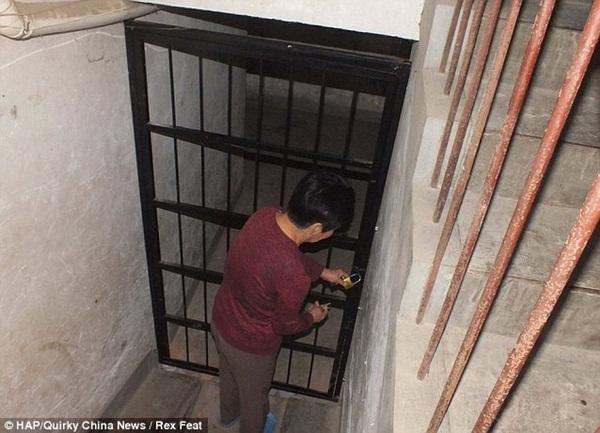 Vụ án rúng động: Chồng đào hầm, bắt nhốt 6 phụ nữ xinh đẹp thỏa mãn dục vọng mỗi ngày suốt 2 năm trời mà vợ không hề hay biết-3